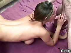 Older bitch Leeanna Heart takes some shlong to her carry off